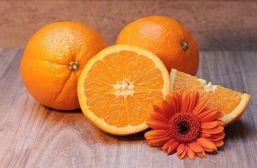 תפוזים ופרח